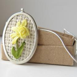Daffodil Necklace embroidered silk ribbon